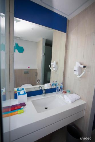ibis Styles Batam Nagoya photo 17