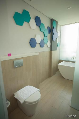 ibis Styles Batam Nagoya photo 18