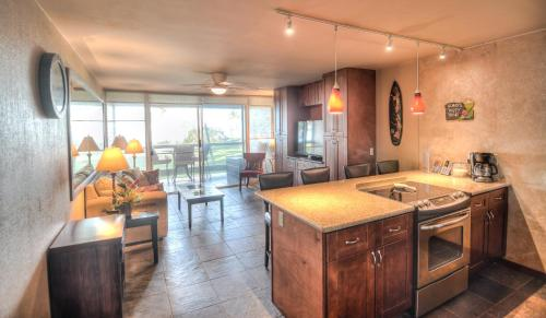 Central Kihei Remodeled Beachfront Condo - Kihei, HI 96753