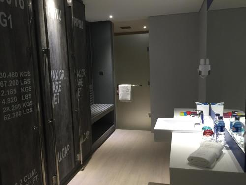 ibis Styles Batam Nagoya photo 30