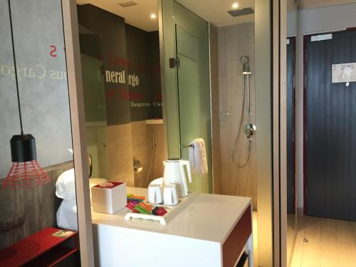 ibis Styles Batam Nagoya photo 39