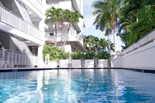 Crest Hotel Suites - Miami Beach, FL 33139
