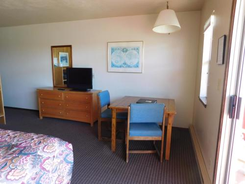Anchor Lodge - Fort Bragg, CA 95437