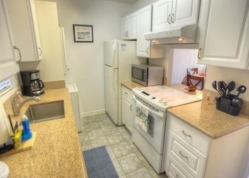 Pacific Shores A-217 - Two Bedroom Condo - Kihei, HI 96753