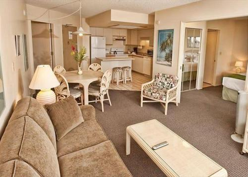 Maui Banyan Q-203 - Two Bedroom Condo - Kihei, HI 96753