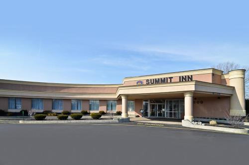 Best Western Summit Inn Photo