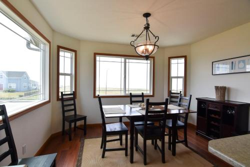 Crescent City - Four Bedroom Holiday Home - Crescent City, CA 95531