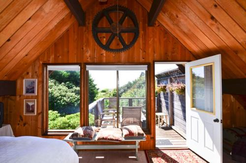 Whalesong - Three Bedroom Holiday Home