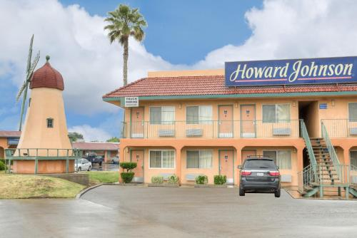Howard Johnson Express Inn Modesto Ceres - Ceres, CA 95307