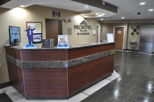 Microtel Inn & Suites by Wyndham Lithonia/Stone Mountain Photo