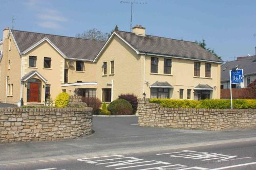 Photo of Pearse Road Bed & Breakfast Hotel Bed and Breakfast Accommodation in Letterkenny Donegal