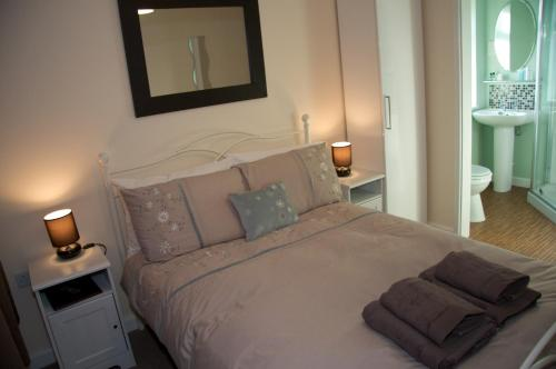 Roedean Guest House in Weston super Mare from £45
