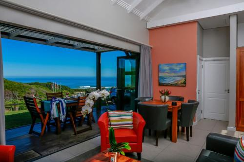 Brenton Haven Beachfront Resort Photo