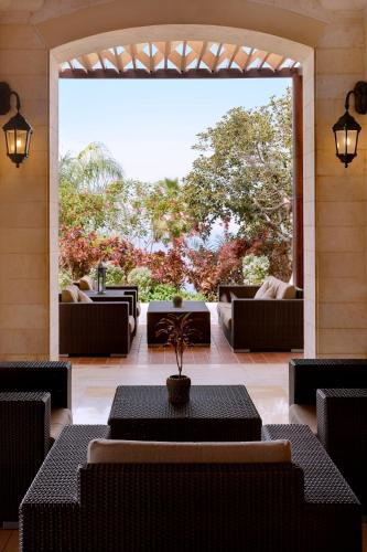 Dead Sea Marriott Resort & Spa Photo