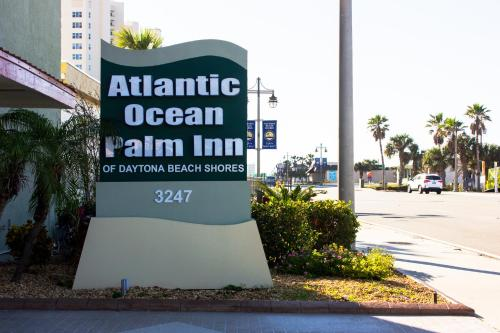 Atlantic Ocean Palm Inn Photo