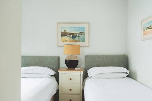 The Pedn-Olva Hotel, West Porthminster Beach, St Ives, Cornwall, TR26 2EA.