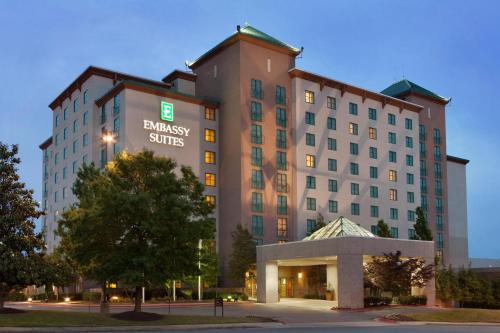 Embassy Suites Little Rock Photo