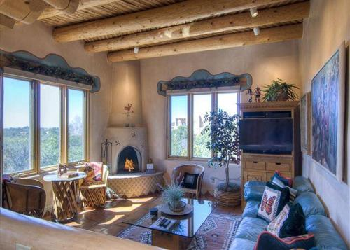 An Enchanting Casita Two-bedroom Holiday Home