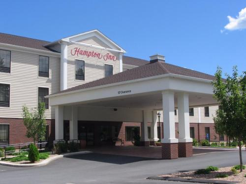 Hampton Inn Hadley-Amherst Area Photo