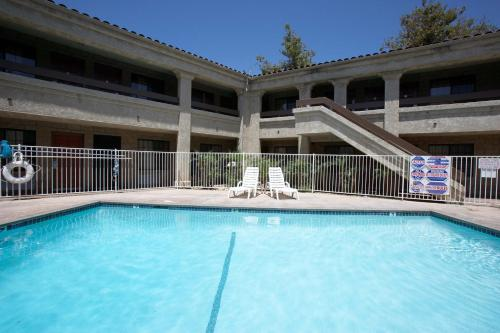 Premier Inns Thousand Oaks - Newbury Park, CA 91320