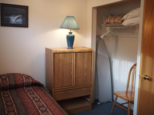 Whale's Tail Guest Suites Photo