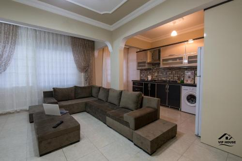 İskenderun Vip House phone number