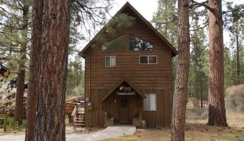 Snowcrest by Big Bear Cool Cabins - Big Bear Lake, CA 92315