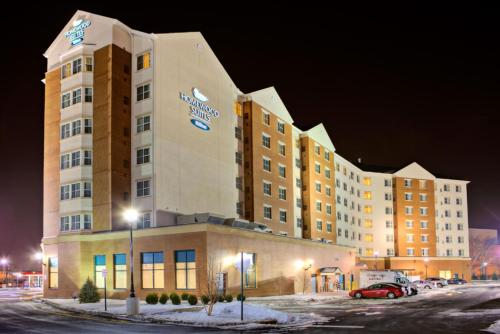 Homewood Suites by Hilton East Rutherford - Meadowlands, NJ Photo
