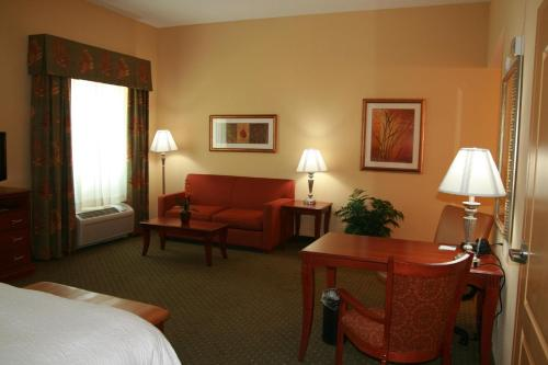 Hampton Inn & Suites Port Richey - Port Richey, FL 34668