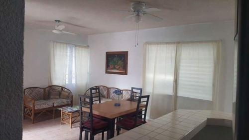 Room in Residential Zone Cancun Photo