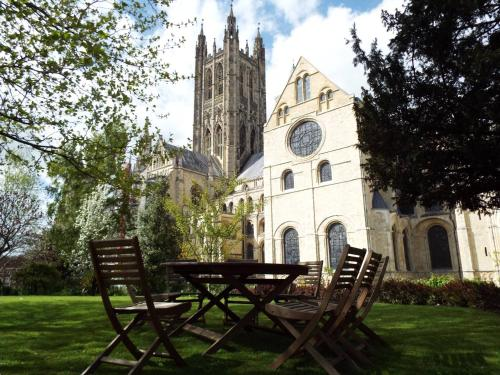 The Precincts, Canterbury, Kent, CT1 2EH, England.