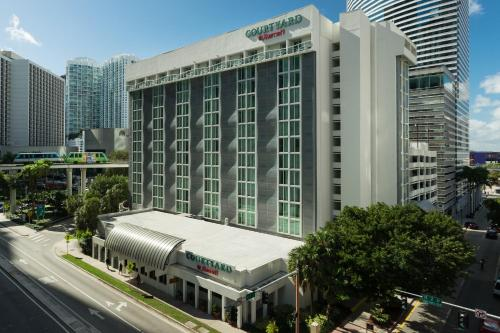 Courtyard by Marriott Miami Downtown Photo