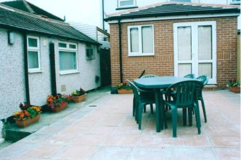 Photo of Harman Suites Self-Catering Apartments Self Catering Accommodation in Leeds West Yorkshire