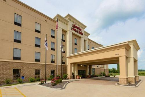 Hampton Inn and Suites Peoria at Grand Prairie Photo