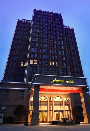 Acme Hotel