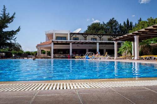 Click Here to go to Pefkos Village Resort