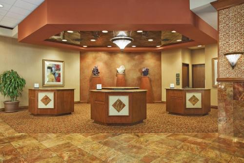 Embassy Suites Hot Springs - Hotel & Spa Photo