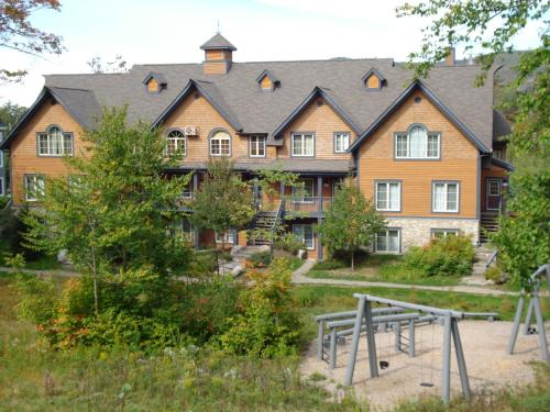 Les Manoirs by Rendez-Vous Mont-Tremblant Photo