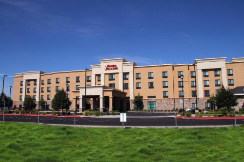 Hampton Inn And Suites Manteca - Manteca, CA 95336