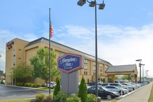 Hampton Inn Springfield Photo