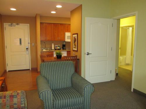 Homewood Suites by Hilton Newburgh-Stewart Airport Photo