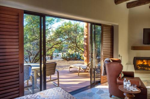 The Boulders Resort & Spa, Curio Collection by Hilton Photo