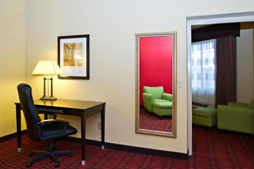 Comfort Inn Harrisburg Photo