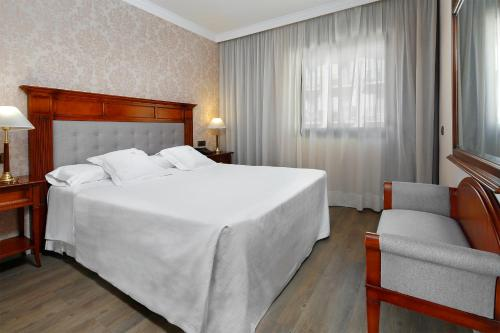 Apartaments-Hotel Hispanos 7 Suiza photo 32