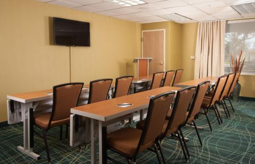 SpringHill Suites Fort Lauderdale Airport Photo