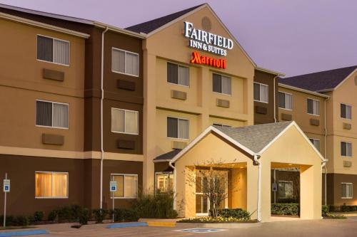 Fairfield Inn & Suites Waco South Photo