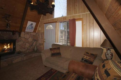 A-Frame Escape - Big Bear Lake, CA 92314