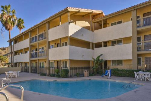 Red Lion Inn & Suites - Cathedral City - Palm Springs - Cathedral City, CA 92234