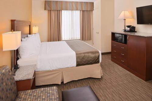 Best Western Executive Inn & Suites Colorado Springs Photo