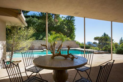 Great Family Home - Los Angeles, CA 90210